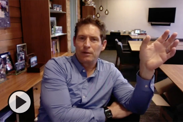 Steve Young chats with viewers about thoughtful leadership.